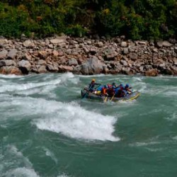 Array (     [id] => 662     [id_producto] => 33     [imagen] => pro_rafting-nepal.jpg     [orden] => 7 )